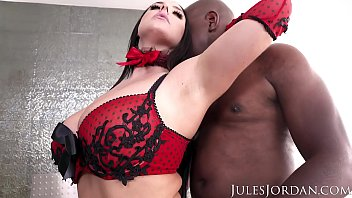 jules jordan - angela white sets a booby trap for mandingo that ends in her ass