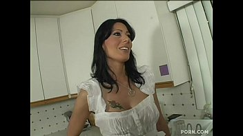 zoey holloway - step mom seduced by her young step son long version